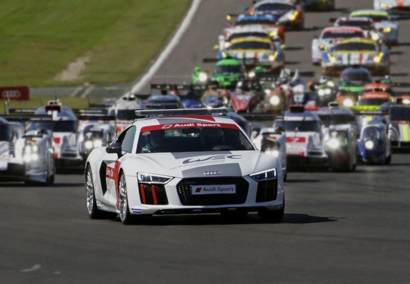 台灣奧迪將打造「臺北渣打公益馬拉松賽事專屬Audi Sport車隊」,並將由旗艦超跑Audi R8領跑,象徵破風前進的強大動能!(圖/渣打銀行提供)