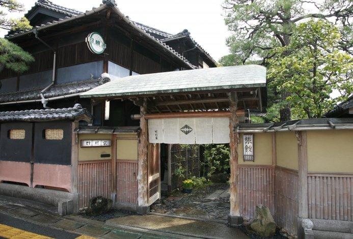 曾在文學作品與電影中登場的竹村家本館。(圖/ZEKKEI Japan提供)