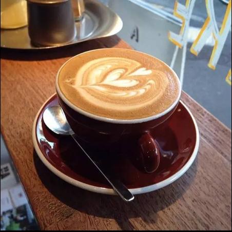 一杯咖啡配上一個好故事。
