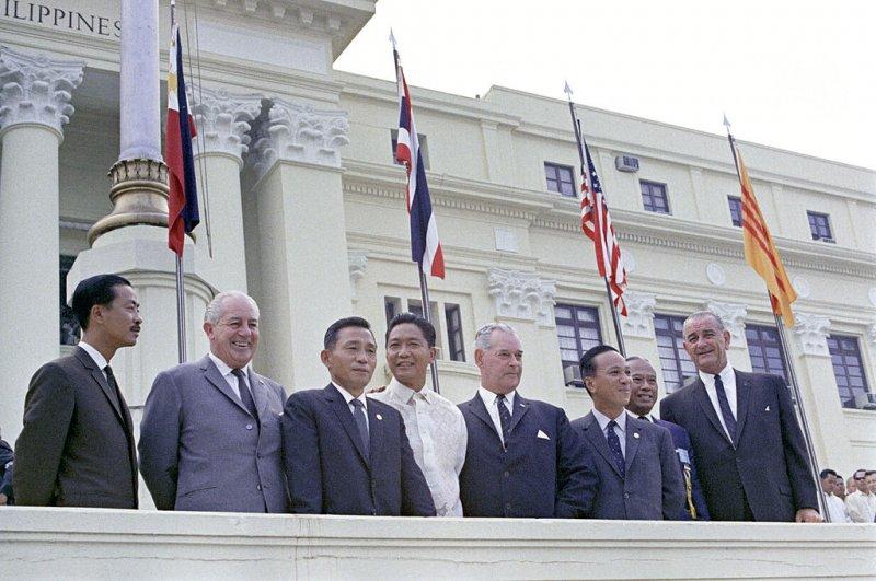 1966年東南亞公約組織大會,朴正熙為左邊數來第三個。(wikipedia/public domain)