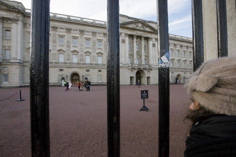 英國女王居住的白金漢宮預計花上146億台幣來修繕。(美聯社)