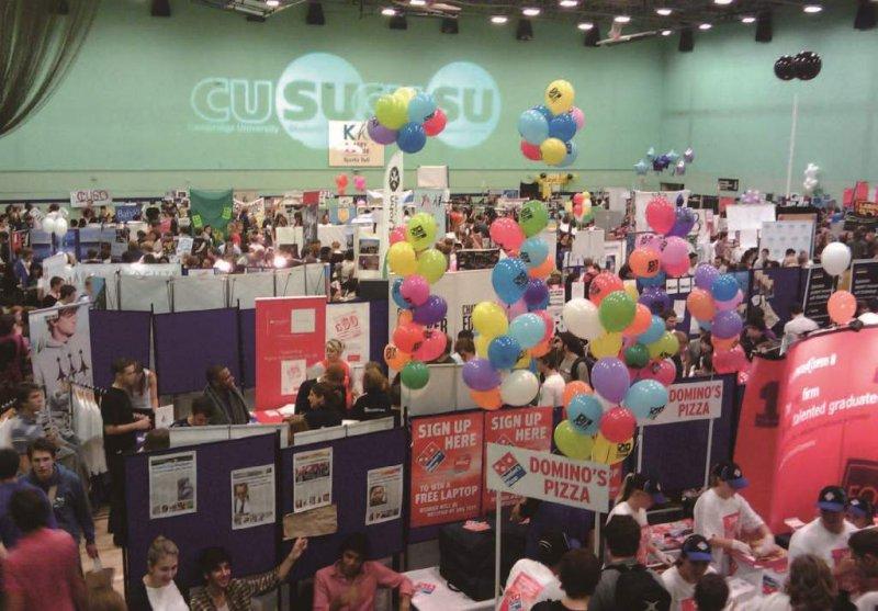 社團博覽會(The Societies Fair),是劍橋大學全年最沸騰的日子之一。(照片提供/Jim Tang)