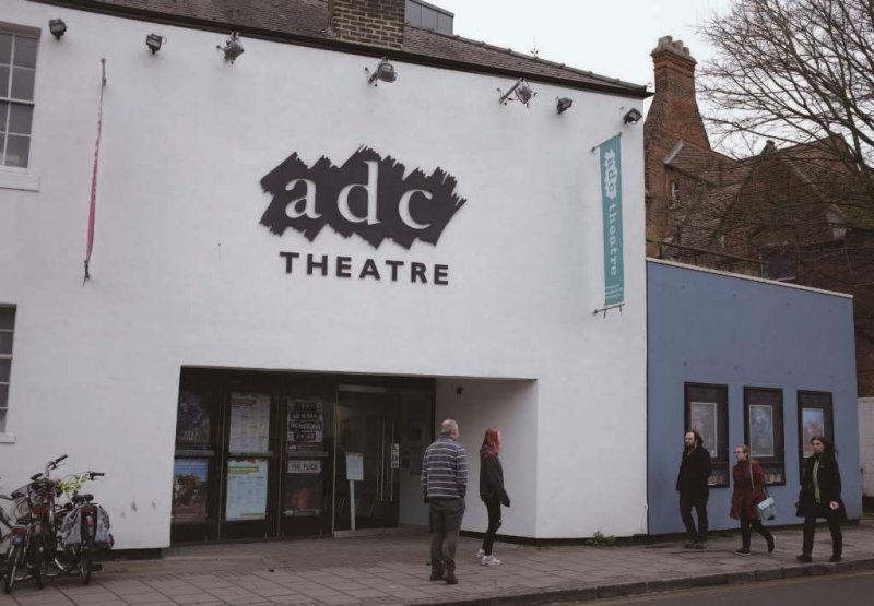 ADC劇院(Amateur Dramatic Club)是劍橋大學腳光劇團(The Cambridge Footlights)的大本營,該劇團被譽為「英國喜劇的心臟」。(照片提供/Jessamine Lai)