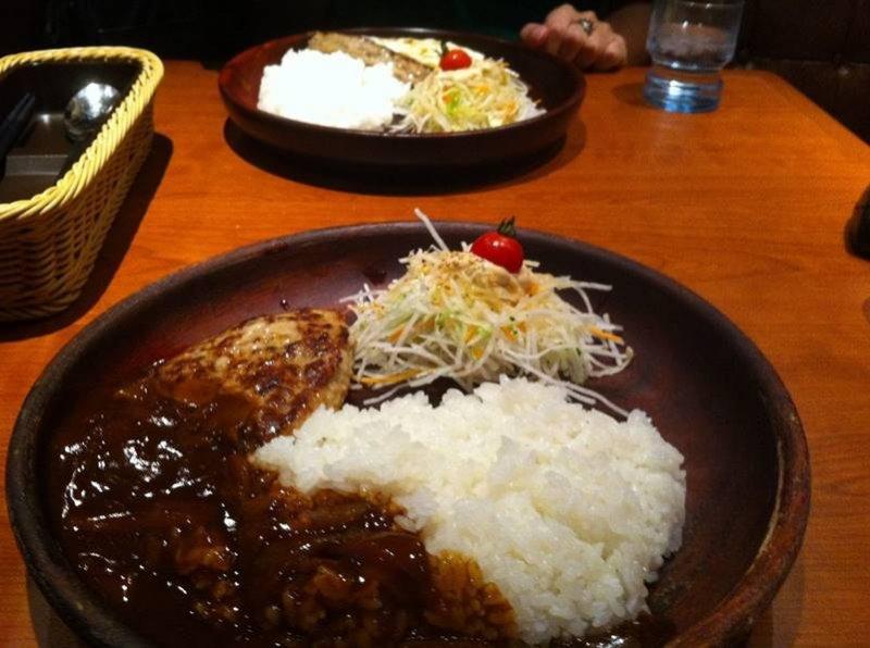 深受大人小孩喜愛的牛排連鎖餐廳。(圖/Yumi Hoshino@flickr,FAST JAPAN提供)