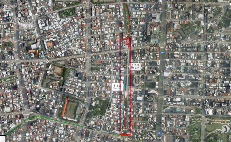 北市府的「中山─雙連」帶狀公園規劃設計案,主責規劃捷運中山站到雙連站的地面層帶狀公園,以及地下街的設計規劃,由宋楚瑜女兒宋鎮邁負責的「一口規劃設計顧問公司」得標。(取自Google Map)