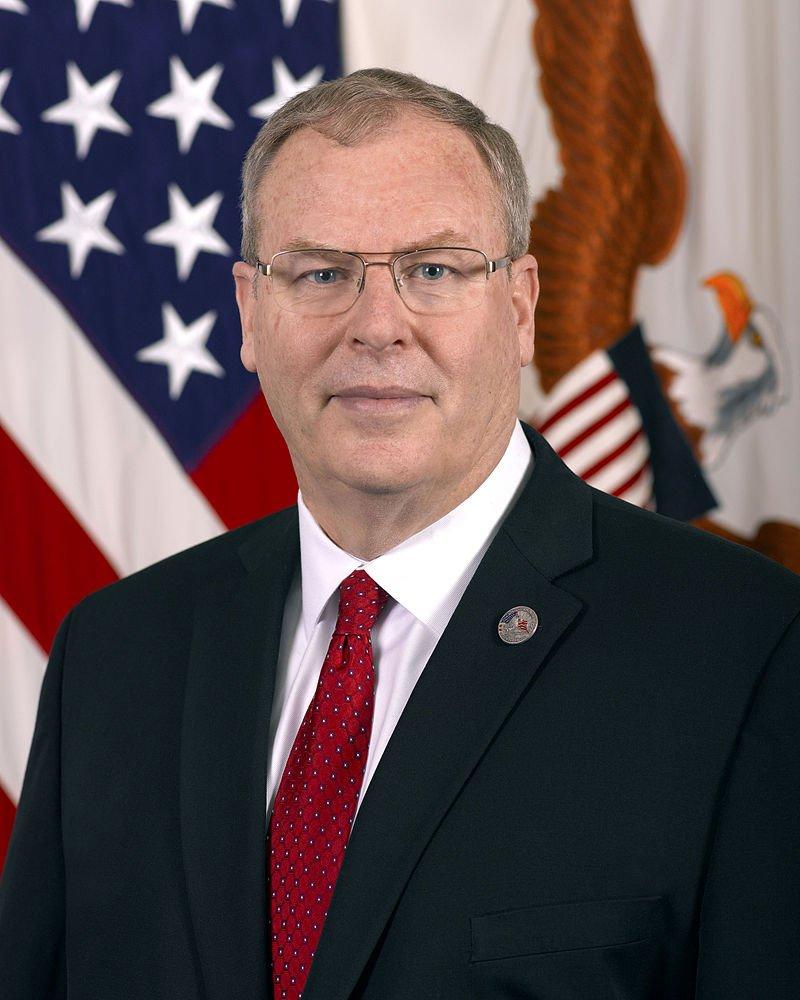 美國副國防部長沃克(Robert O. Work)。(wikipedia/public domain)