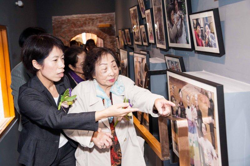 台灣僅存「慰安婦」陳蓮花阿嬤參觀「阿嬤家—和平女性人權館」