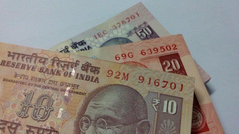 「換鈔」事件讓印度黃金買盤一口氣增加達250公斤之多,導致當地金價暴漲。(圖/itkannan4u@pixabay)