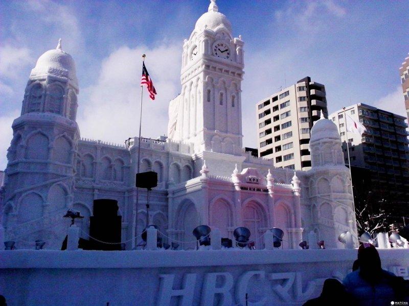 這座雪像為蘇丹阿都沙末大廈, 為馬來西亞吉隆坡的重要地標。(圖/MATCHA提供)