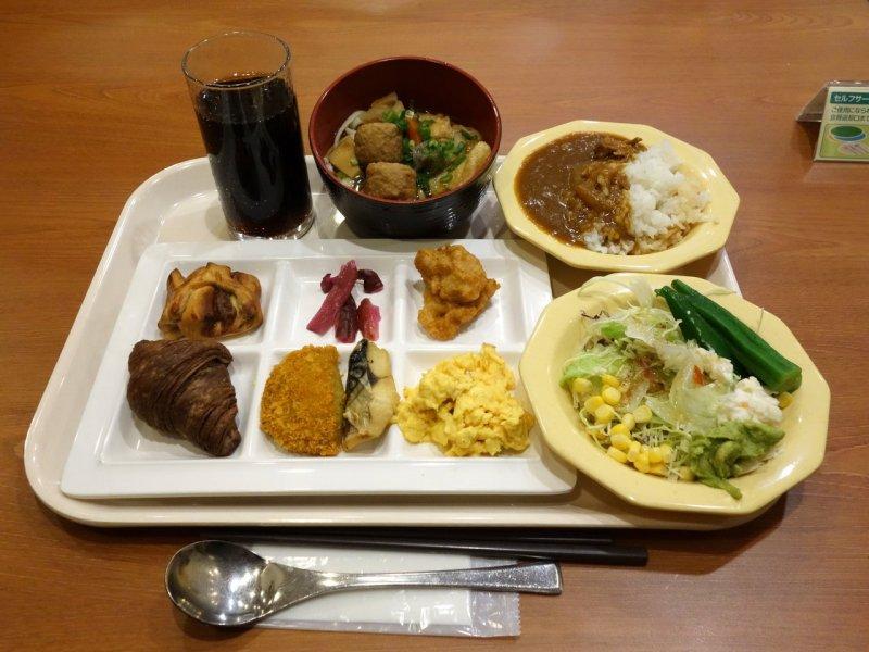 西式 、日式任你 吃!  (圖/B級グルメとラーメン二郎の食べある記,Klook提供)