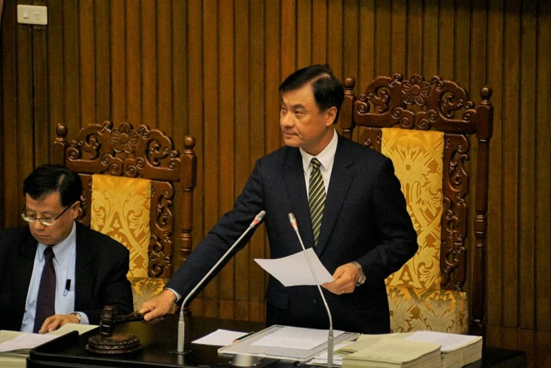 20161223-SMG0045-001-住宅法修正草案完成三讀,立法院長蘇嘉全敲下議事槌。(盧逸峰攝)