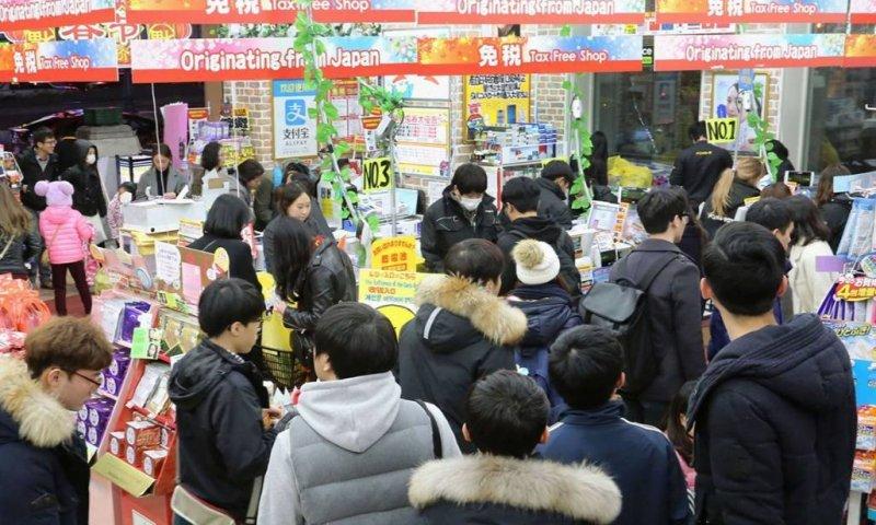 「爆買」是日本人為中國遊客量身打造的「新詞」(取自西洋參考)