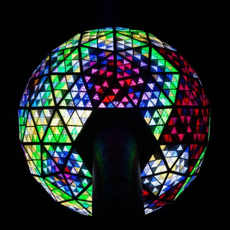 水晶球可以產生1600萬種顏色及大量的花樣。(取自Time Square Ball 官網)