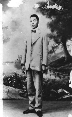 台灣新文學之父賴和。(圖/維基百科,想想論壇提供)