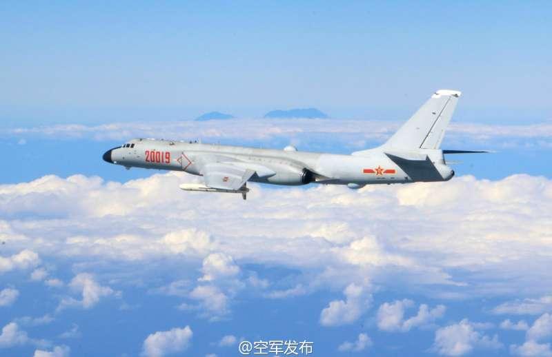 共軍轟-6K轟炸機。(取自中國空軍官方微博)