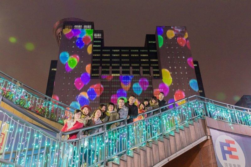 事實上,當年的活動還沒結束,這群工作人員已經在構思明年要怎麼玩了!(圖/新北市政府觀光旅遊局提供)