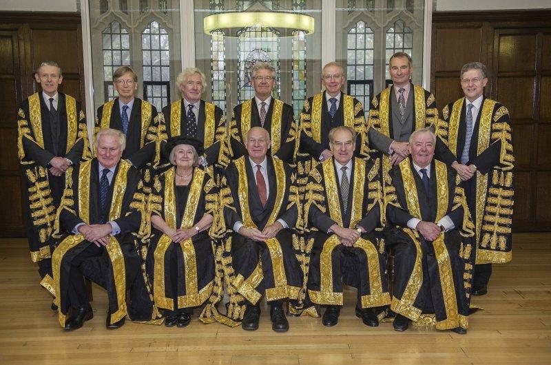 英國最高法院11名大法官以8:3駁回英國政府上訴。(美聯社)
