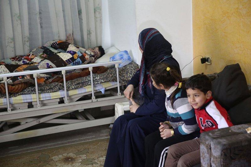 敘利亞難民一家原本正嘗試申請美國庇護,如今希望渺茫。(美聯社)