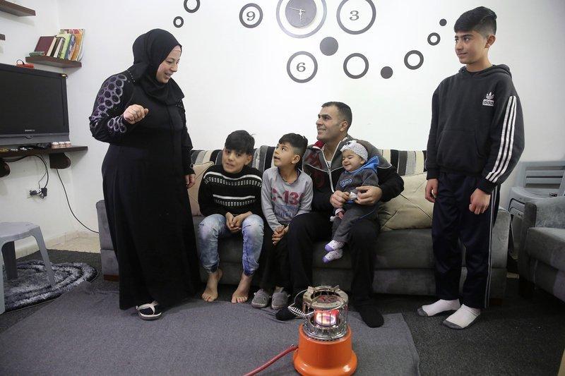 敘利亞難民沙旺一家6口原本正嘗試申請美國庇護,如今希望渺茫。(美聯社)