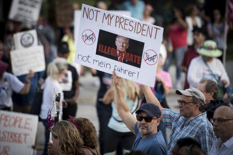 美國總統川普上任後,各地示威抗議此起彼落(AP)