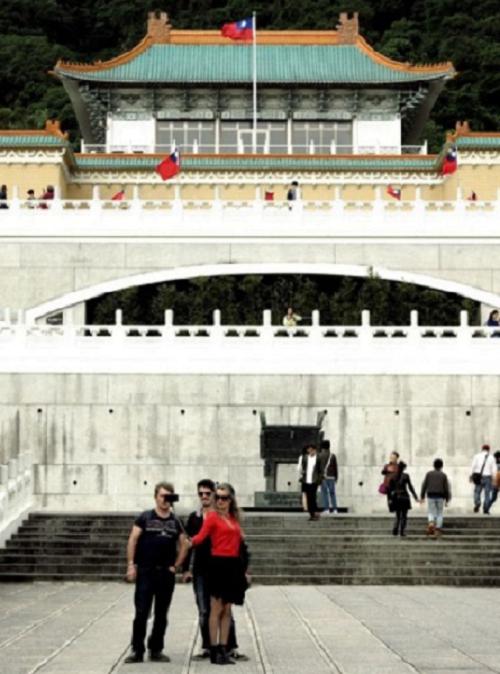 台北故宮,是必須一去的,這裡有許多大陸故宮沒有的東西。(胡發雲提供)