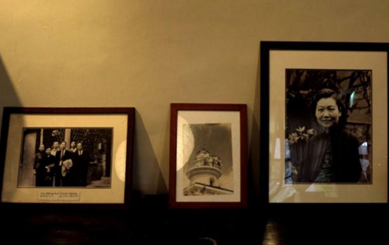 左圖:周德偉教授與徐復觀教授    右圖:周渝先生的母親(胡發雲提供)
