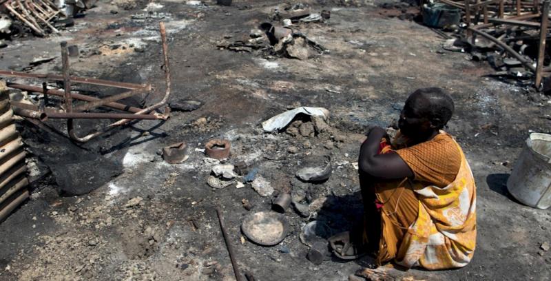 甫成立數年的新國家南蘇丹仍深陷戰亂,圖為民眾的房子被完全摧毀。(圖/AI)