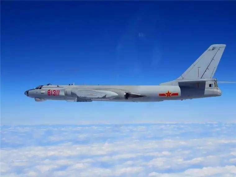 2017-03-06-中共轟6轟炸機2日於宮古海域進行對抗軍演-取自新華社