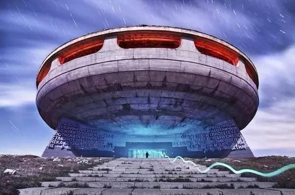 保加利亞的飛碟紀念碑。(圖/Xiao Yang @flickr,Klook客路提供)