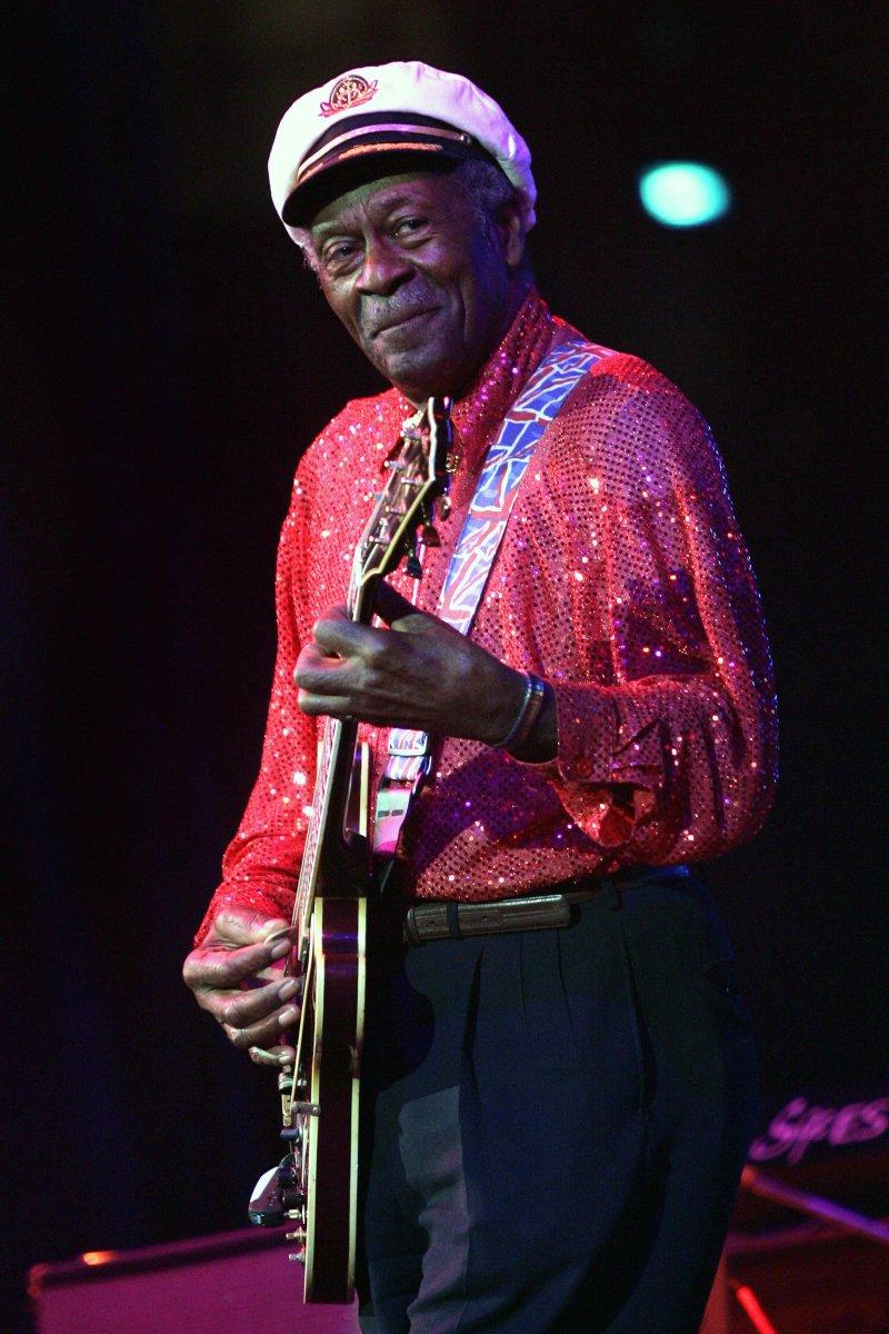 美國傳奇樂手、搖滾樂之父「查克貝里」辭世,享壽90歲。(美聯社)