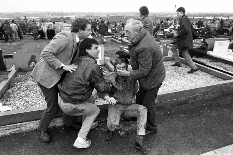 北愛爾蘭,新芬黨,愛爾蘭共和軍,IRA,麥吉尼斯,亞當斯,血腥星期天。(美聯社)