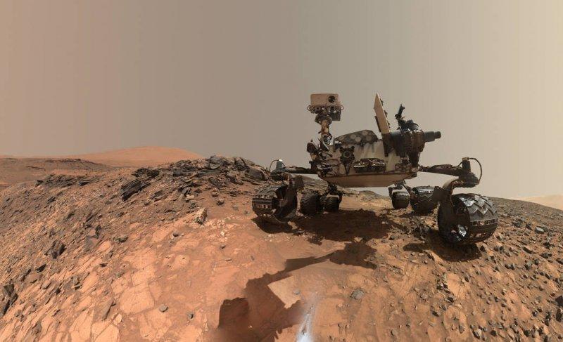 美國太空總署的火星無人探測器「自拍照」。(NASA)
