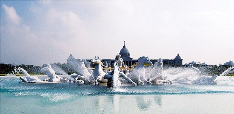 奇美博物館戶外噴泉(楊雅棠攝影/早安財經提供)