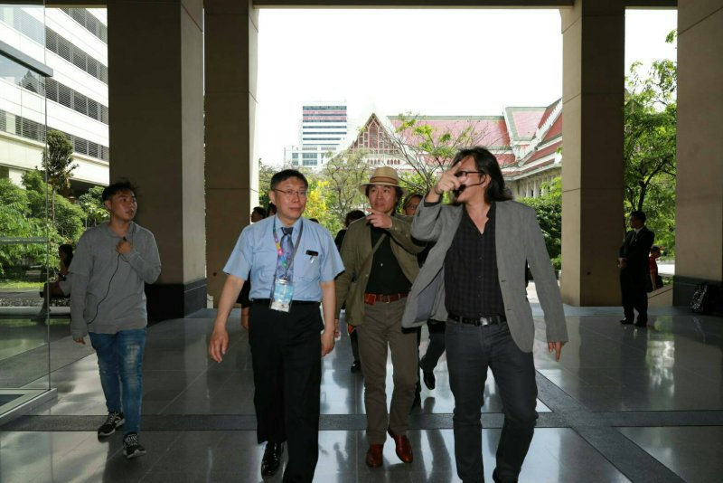 台北市長柯文哲參訪朱拉隆功大學。(取自台北市政府)
