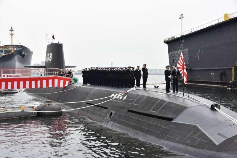 日本海上自衛隊第8艘蒼龍級潛艦赤龍號。