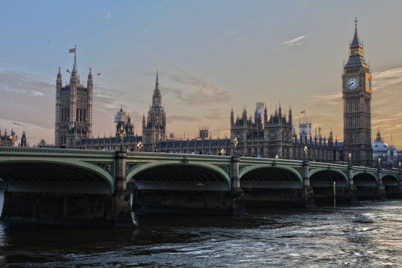 英國脫歐後,倫敦的世界金融中心地位可能拱手讓給歐盟其他國家(取自Pixabay)