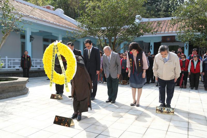 20170405-國民黨主席洪秀柱5日至慈湖謁陵。(顏麟宇攝)