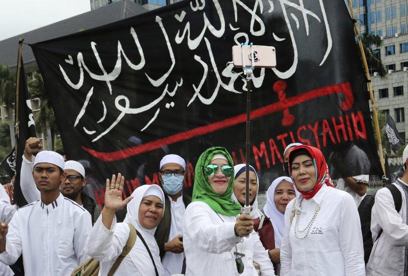 印尼,雅加達選舉,鍾萬學,抗議,褻瀆宗教。(美聯社)