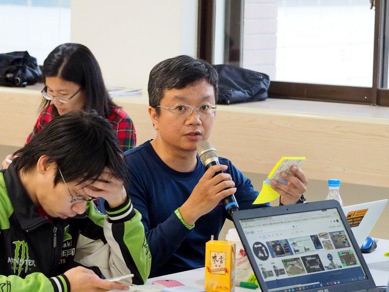 台灣道路安全副理事長黃文吉認為,禁行機車與兩段式左轉會造成汽機車交織的情況增加。(台灣機車促進會提供)