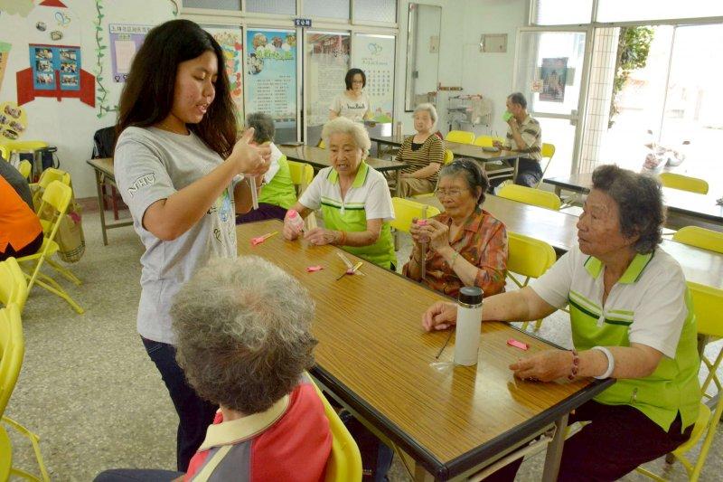 環境志工隊大行動橫跨環境、社區、教育、科技,成功的關鍵是教育訓練‵。(圖/南華大學提供)