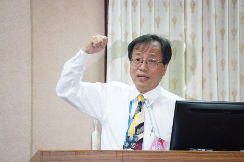 20170427-公立學校教職員退休撫卹條例草案公聽會,李來希發言。(盧逸峰攝)