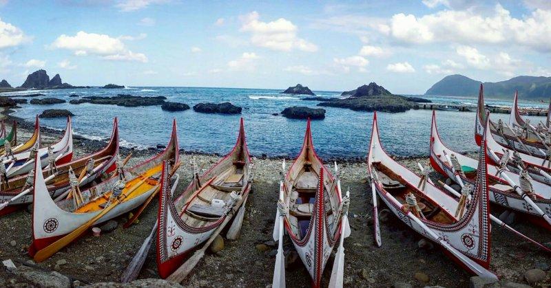 達悟族的傳統獨木舟。(圖/俞嘉琦 拍攝)
