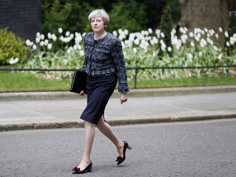 英國5日舉行地方選舉,首相梅伊帶領的保守黨成績亮眼。(美聯社)