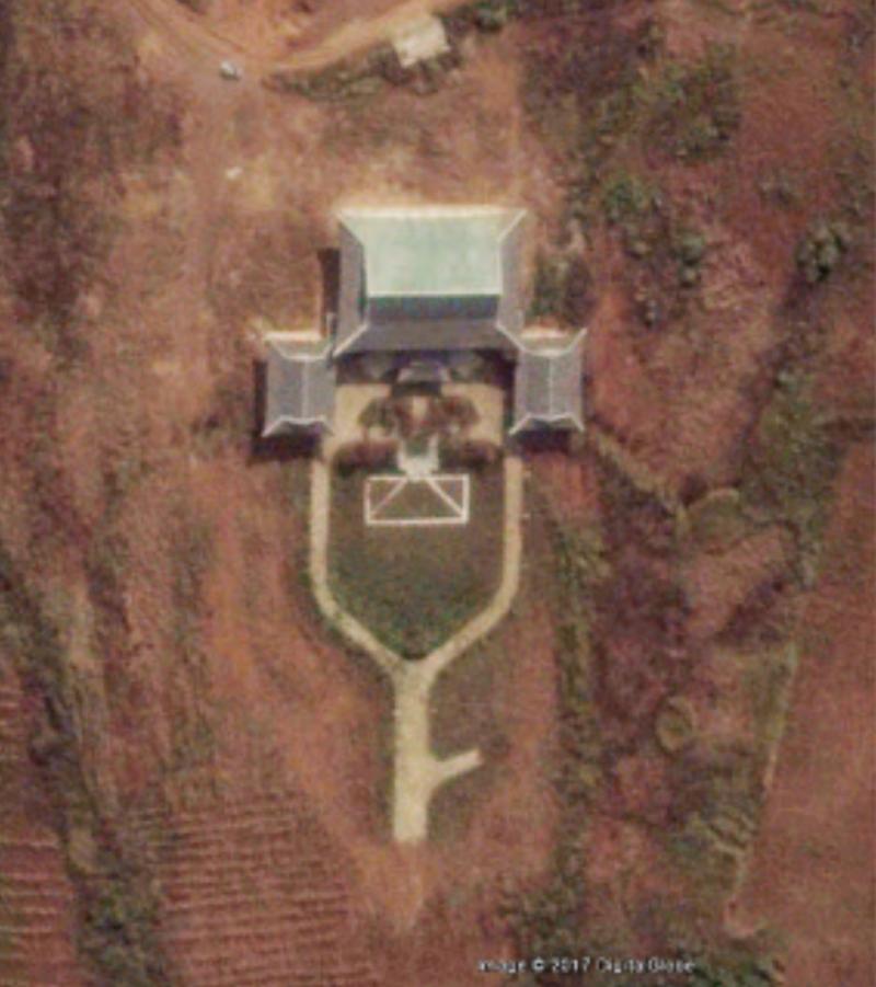「北韓青瓦台」的衛星照。(Google地圖)