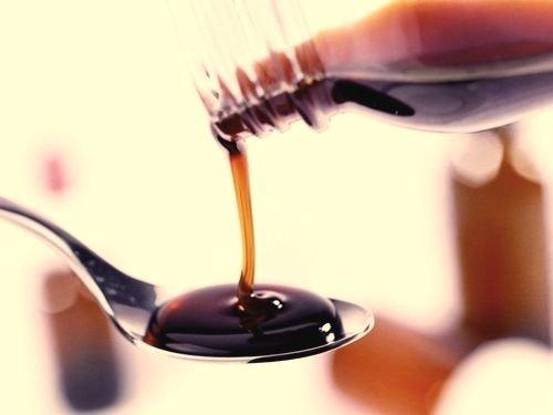 許多人認為咳嗽不能吃甜的,但是感冒糖漿其實早已普遍使用於治療咳嗽。(圖/健康醫療網提供)