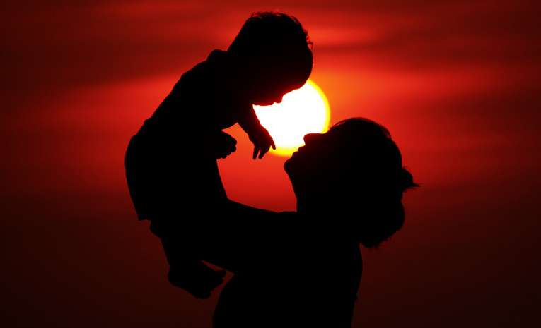 媽媽、寶寶、親子、母親、嬰兒。(取自pushkar mandhre@flicker)