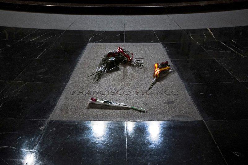 「戰死者之谷」(Valle de los Caídos)教堂與墓地,西班牙獨裁者佛朗哥的紀念墓碑。(美聯社)