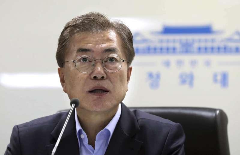 北韓5月14日再度試射彈道飛彈,南韓總統文在寅在青瓦台首次召開國家安全保障會議。(AP)