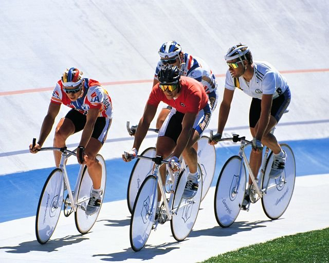 國外研究顯示,男性騎自行車,並不會傷害性功能健康,對泌尿道系統,也不會有負面影響。(圖/健康醫療網提供)