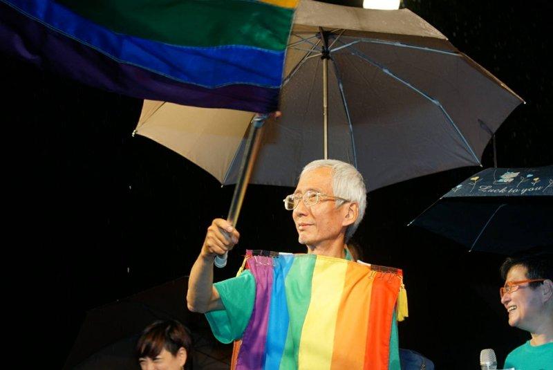 748號釋憲文出爐,聲請人祁家威出席婚姻平權大平台活動。(盧逸峰攝).JPG